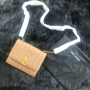 SAINT LAURENT VICKY LEATHER WALLET ON A CHAIN
